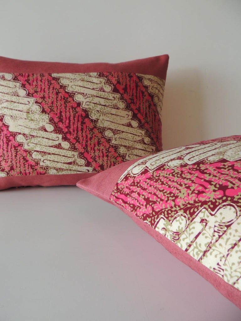 Indonesian Pair of Vintage Pink and Red Batik Lumbar Decorative Pillows For Sale
