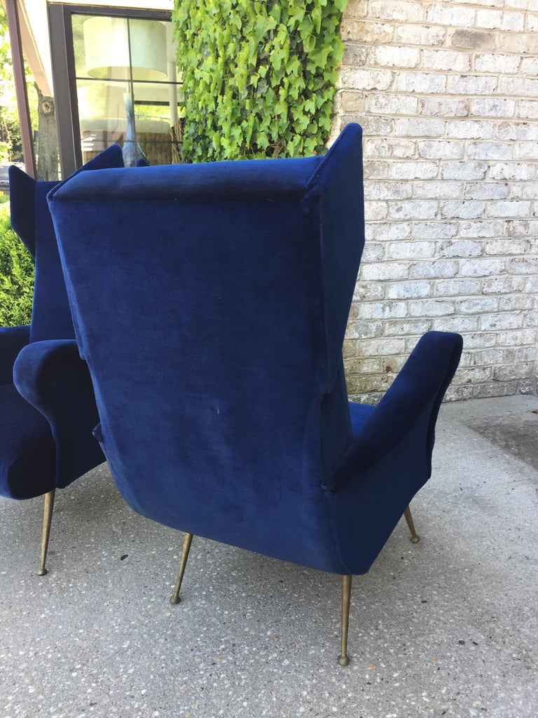 Mid-Century Modern Pair of Vintage Ponti inspired Wingback Chairs For Sale