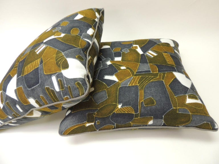 Mid-Century Modern Pair of Vintage Printed Blue and Grey Square Decorative Pillows For Sale