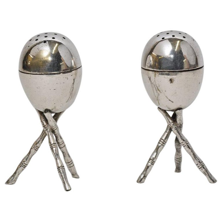 Pair of Vintage Silver Plated Salt and Pepper Shakers For Sale
