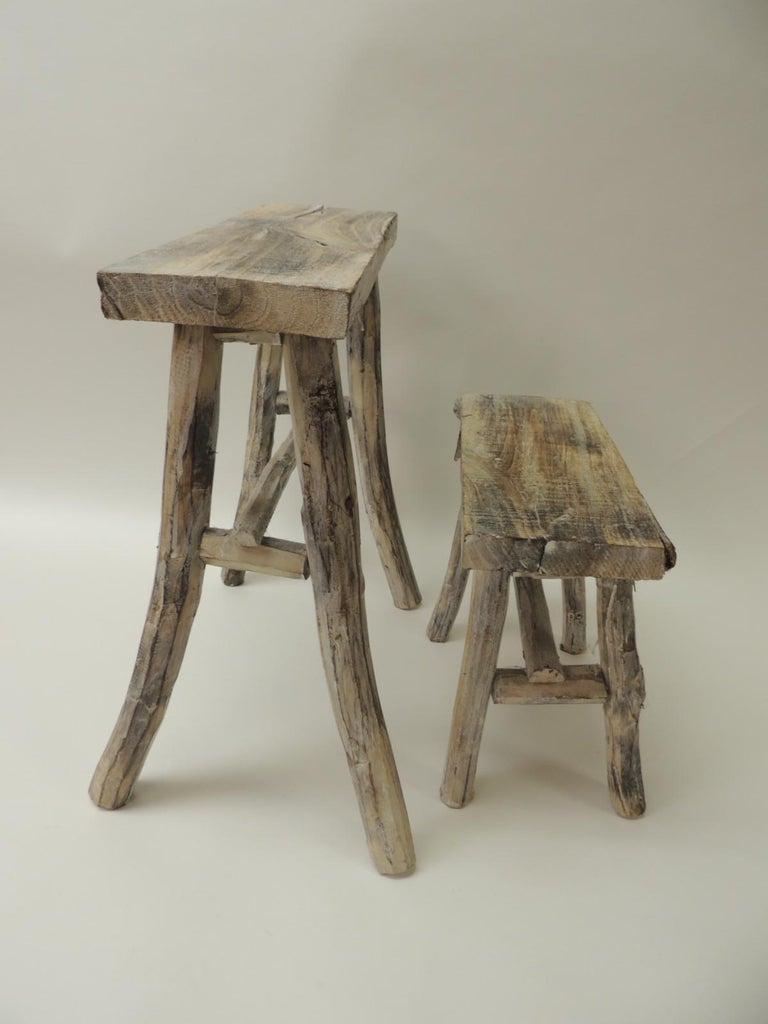 Hand-Crafted Pair of Vintage Small Asian White Washed Rubbed Wood Painted Side Tables/Stands For Sale