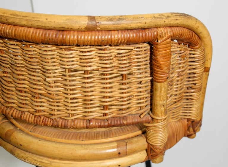 Pair Of Vintage Swivel Woven Rattan Bar Stool 1960s For Sale At 1stdibs