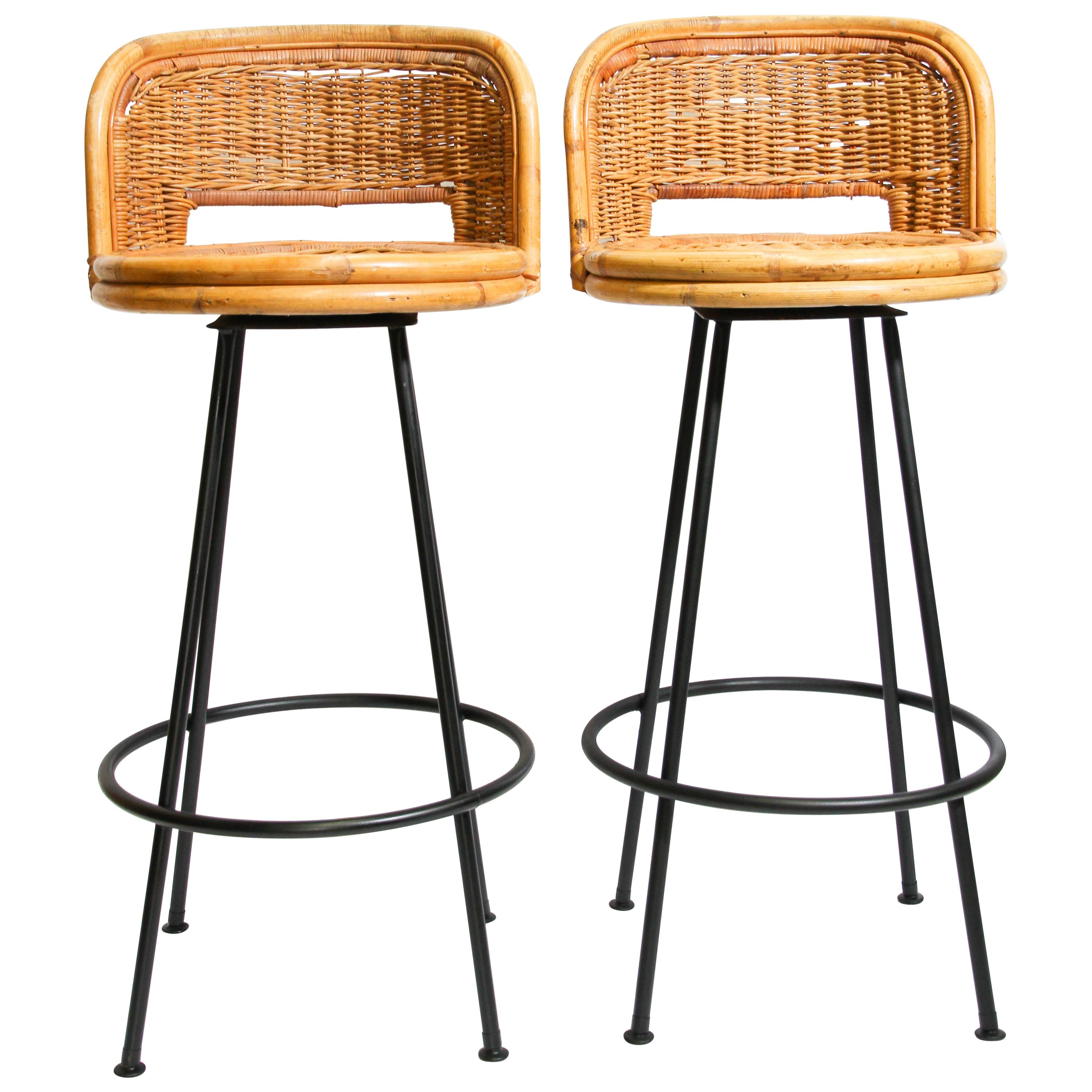 Image of: Pair Of Vintage Swivel Woven Rattan Bar Stool 1960s For Sale At 1stdibs