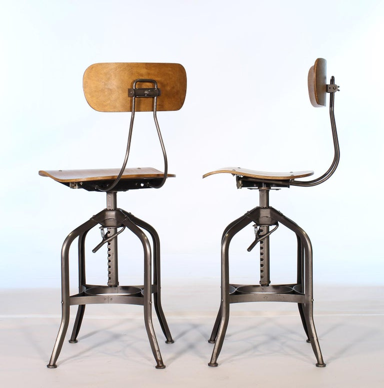 Pair of Vintage Toledo Bent Plywood Adjustable Stools For Sale 3