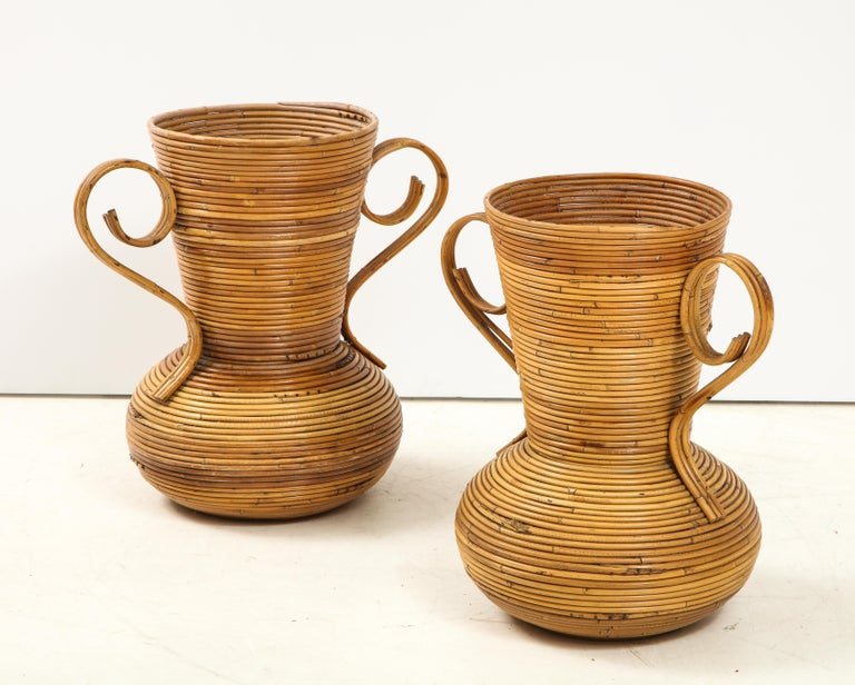 Pair of Vivai del Sud Italian Rattan Vases with Handles In Good Condition For Sale In New York, NY