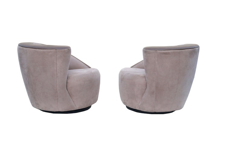 Mid-Century Modern Pair of Vladimir Kagan Corkscrew Nautilus Swivel Chairs for Directional For Sale