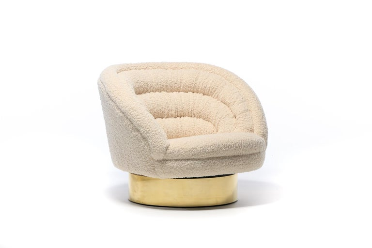 Pair of Vladimir Kagan Crescent Swivel Chairs in Ivory Bouclé with Brass Bases For Sale 5