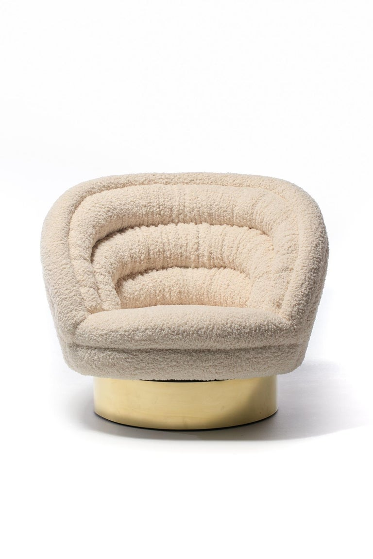 Pair of Vladimir Kagan Crescent Swivel Chairs in Ivory Bouclé with Brass Bases For Sale 7