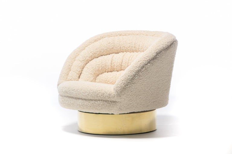 Pair of Vladimir Kagan Crescent Swivel Chairs in Ivory Bouclé with Brass Bases For Sale 1