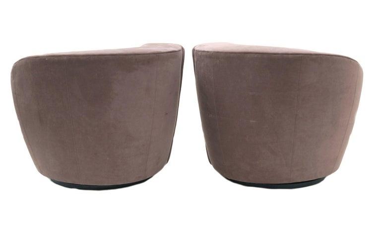 American Pair of Vladimir Kagan Nautilus Swivel Lounge Chairs for Directional