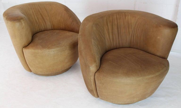 Pair of Vladimir Kagan Nautilus Tan Leather Swivel Lounge Chairs For Sale 2
