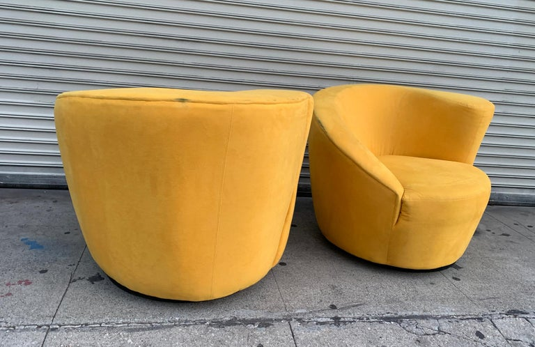 American Pair of Vladimir Kagan Swivel Chairs for Directional