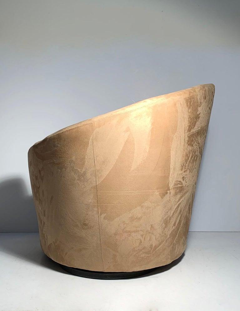 Pair of Vladimir Kagan Weiman Preview Bilbao Swivel Lounge Chairs 8