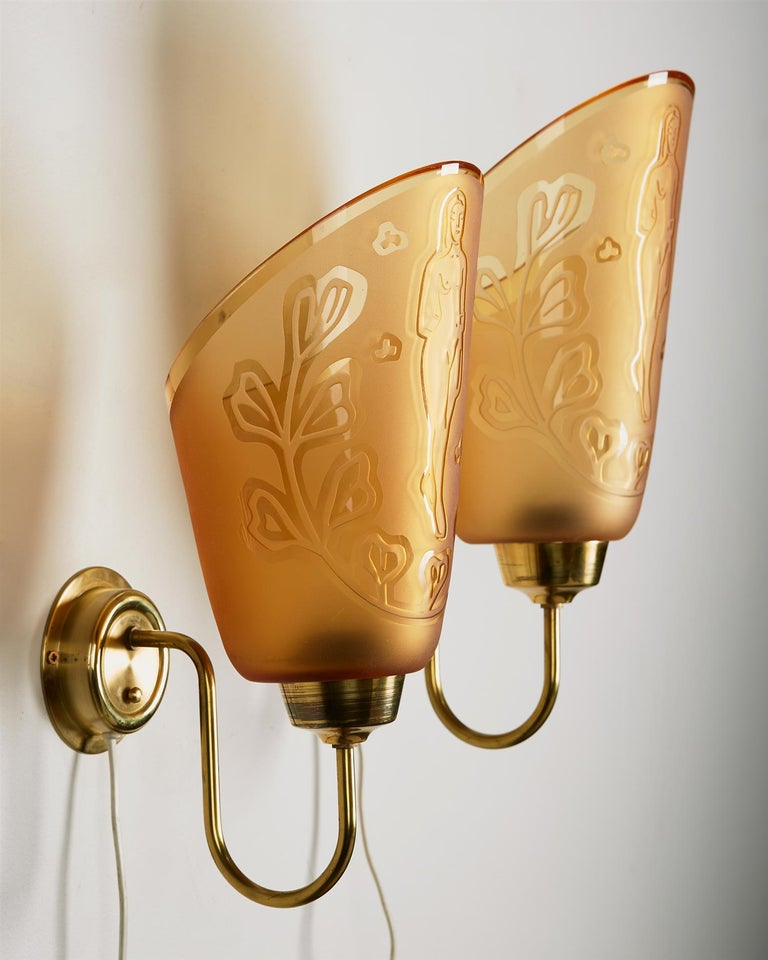 Swedish Pair of Wall Lamps Designed by Bo Notini for Glössner, Sweden, 1940s For Sale