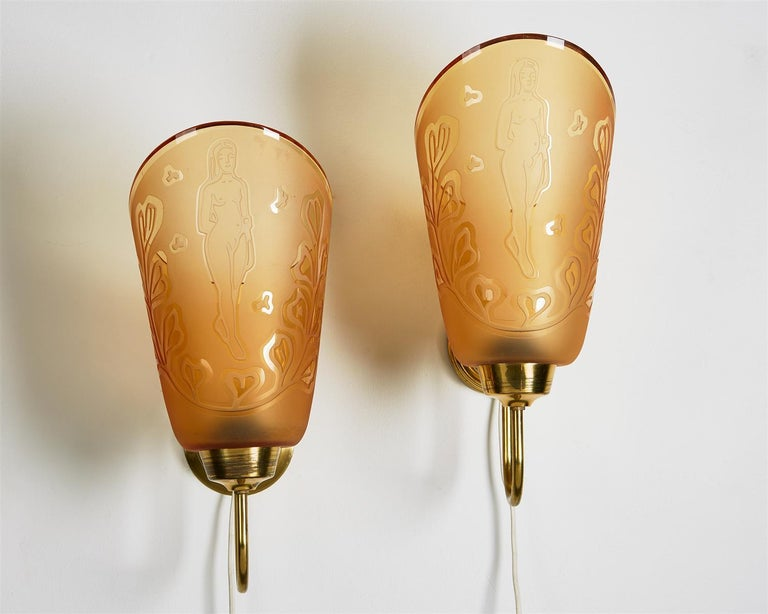 Engraved Pair of Wall Lamps Designed by Bo Notini for Glössner, Sweden, 1940s For Sale