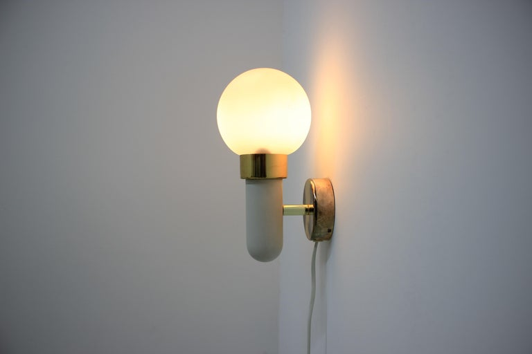 Pair of Wall Lights / Scones, 1970s In Fair Condition For Sale In Barcelona, ES
