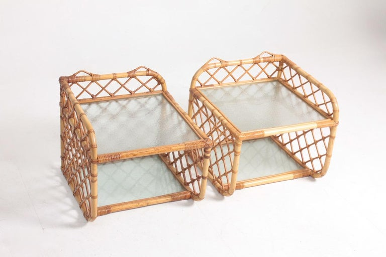 Scandinavian Modern Pair of Wall-Mounted Nightstands in Bamboo, 1960s For Sale