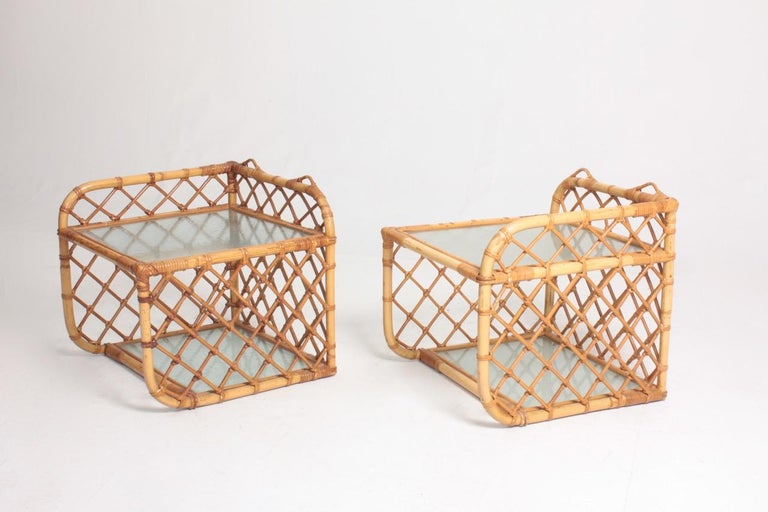 Mid-20th Century Pair of Wall-Mounted Nightstands in Bamboo, 1960s For Sale