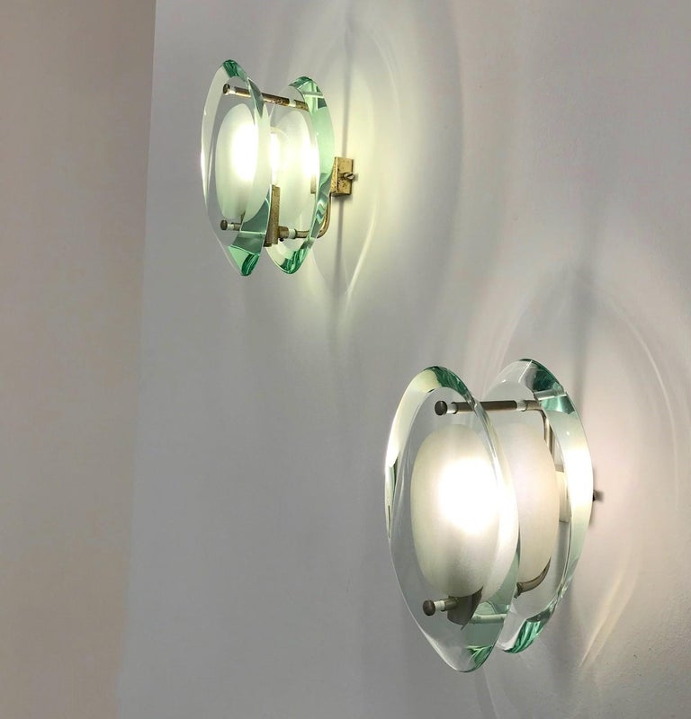 Pair of Wall Sconces by Max Ingrand for Fontana Arte Model 2093, Italy, 1961 In Good Condition For Sale In Frankfurt am Main, DE
