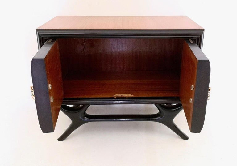 Pair of Walnut and Ebonized Wood Nightstands with Painted Handles, Italy, 1950s For Sale 2
