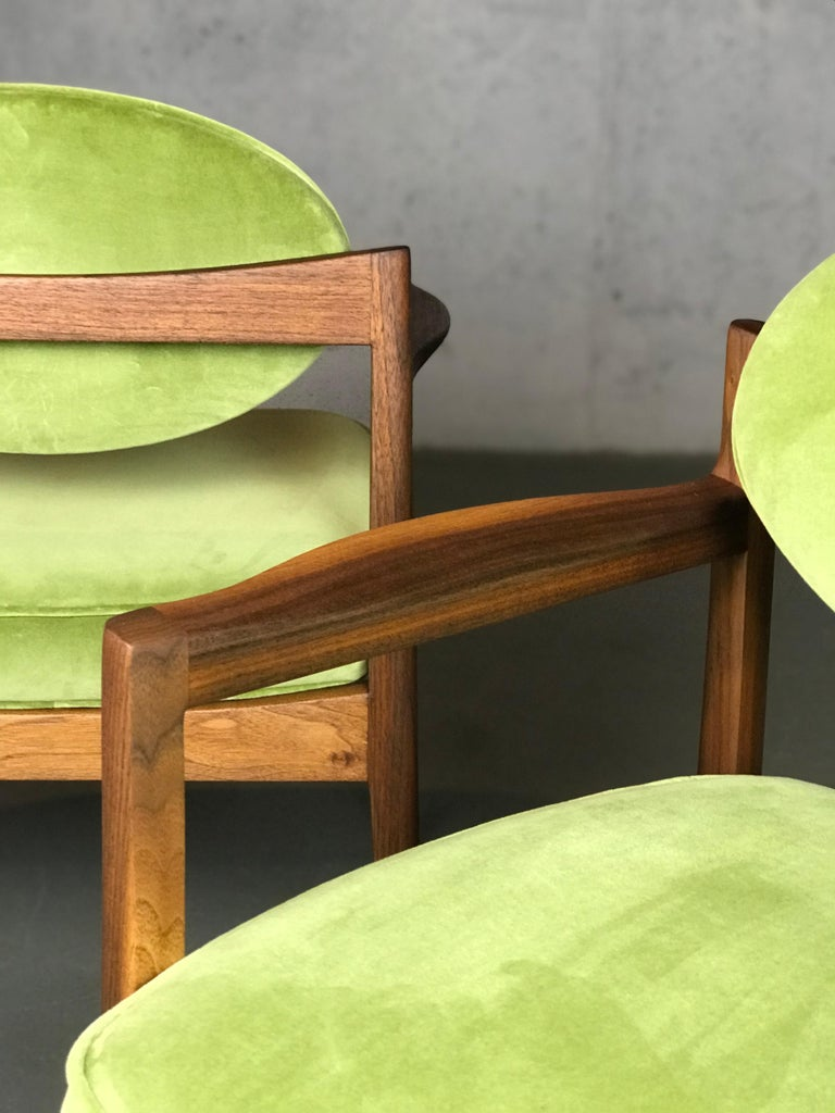 Fabric Pair of Walnut Armchairs Designed by Jens Risom, circa 1960s For Sale