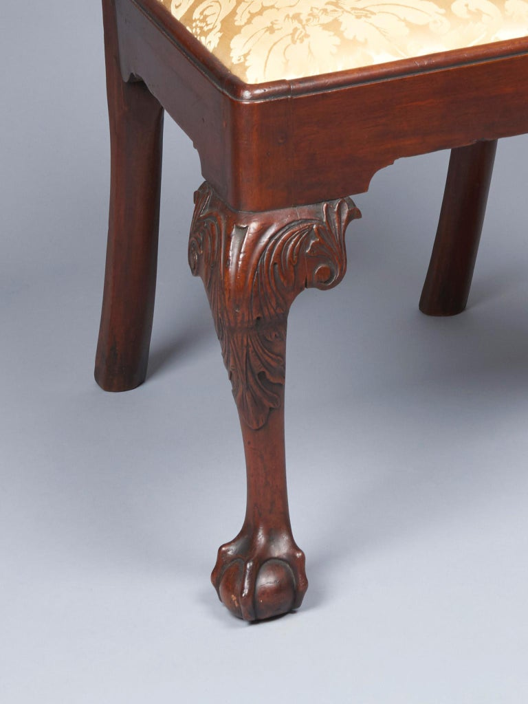 Pair of Walnut Chippendale Side Chairs In Good Condition For Sale In West Chester, PA