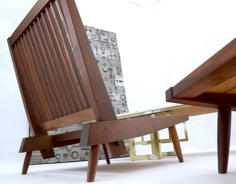 Pair of Walnut Lounge Chairs by George Nakashima For Sale 3