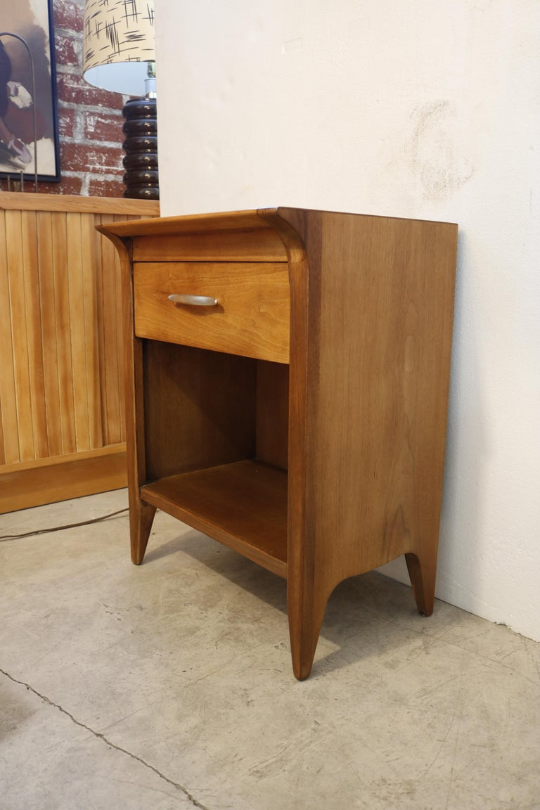 Pair of Walnut Nightstands by Drexel For Sale 1
