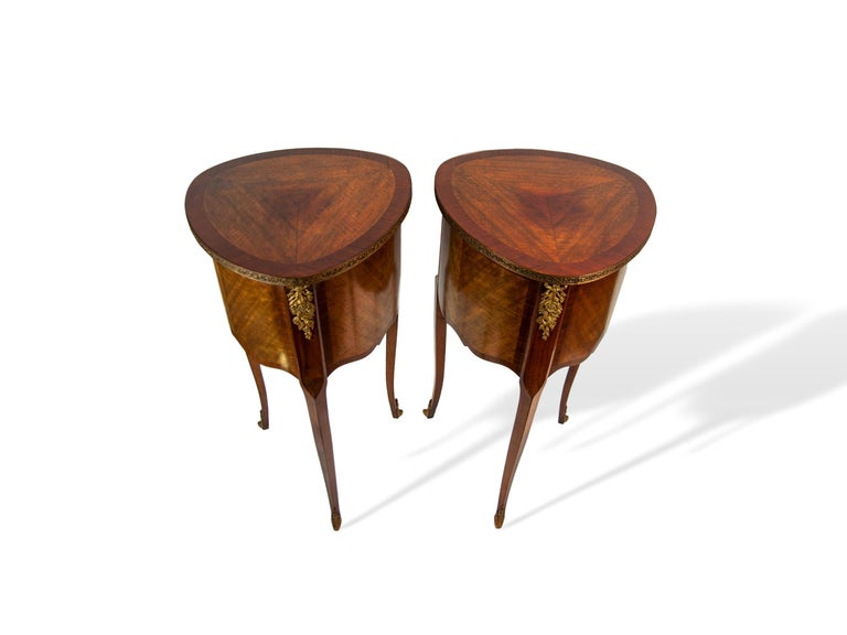 Pair of Walnut Rosewood Cross-Banded Two-Drawer Side Tables, French, circa 1920 For Sale 2