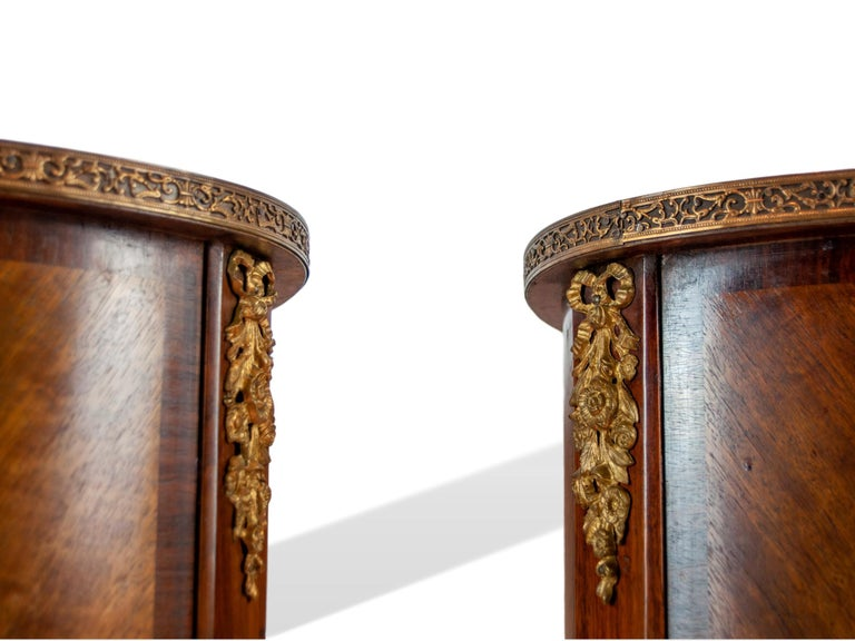 Pair of Walnut Rosewood Cross-Banded Two-Drawer Side Tables, French, circa 1920 For Sale 4