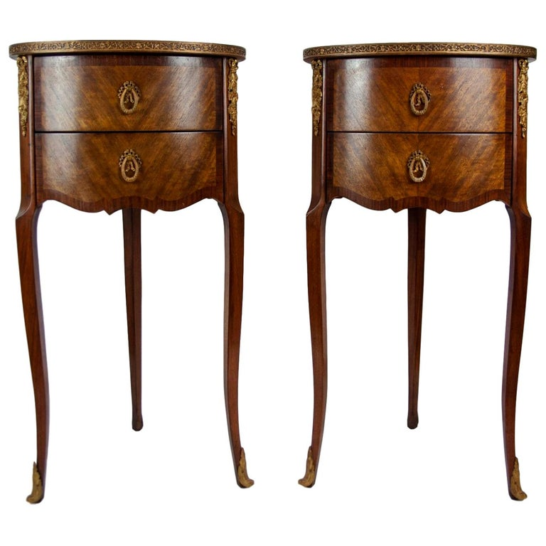 Pair of Walnut Rosewood Cross-Banded Two-Drawer Side Tables, French, circa 1920 For Sale