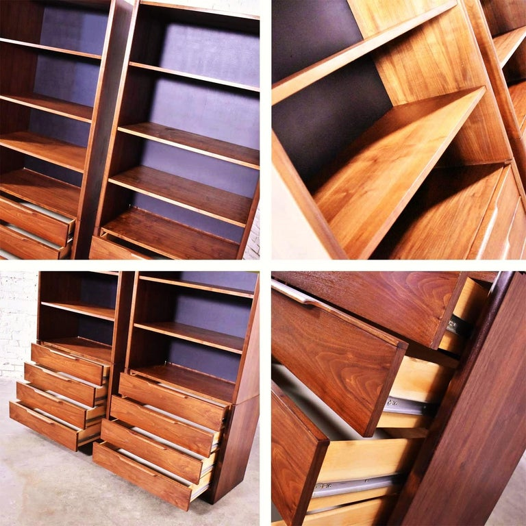 Pair of Walnut Scandinavian Modern Style Bookcase Storage Units by Barzilay Furn For Sale 6