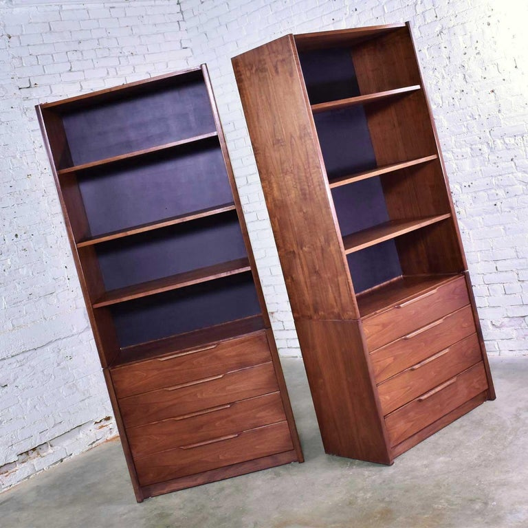 American Pair of Walnut Scandinavian Modern Style Bookcase Storage Units by Barzilay Furn For Sale