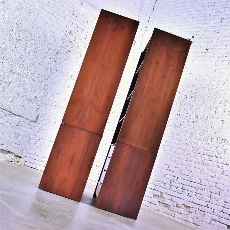 20th Century Pair of Walnut Scandinavian Modern Style Bookcase Storage Units by Barzilay Furn For Sale