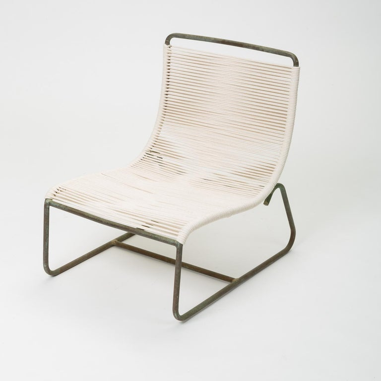 Mid-Century Modern Pair of Walter Lamb Sleigh Chairs For Sale