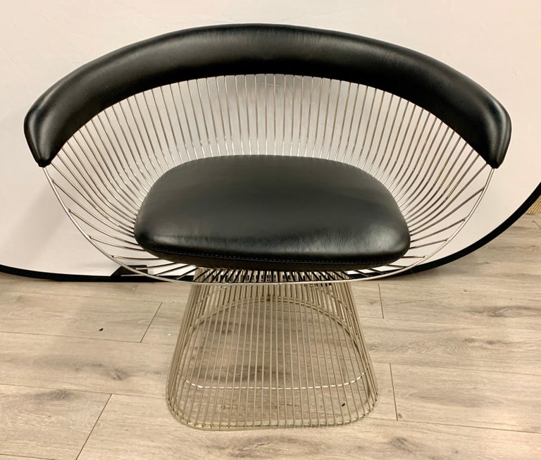 Mid-20th Century Pair of Warren Platner for Knoll Mid-Century Black Leather and Wire Armchairs For Sale