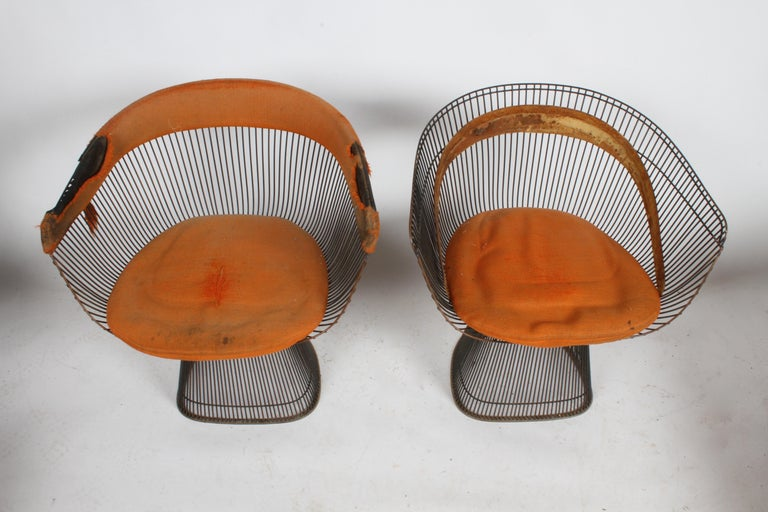 Mid-Century Modern Pair of Warren Platner Bronze Dining Chair for Knoll, Need Restoration For Sale