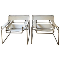 Pair of Wassily Lounge Chair White Leather by Marcel Breuer, Gavina, circa 1962