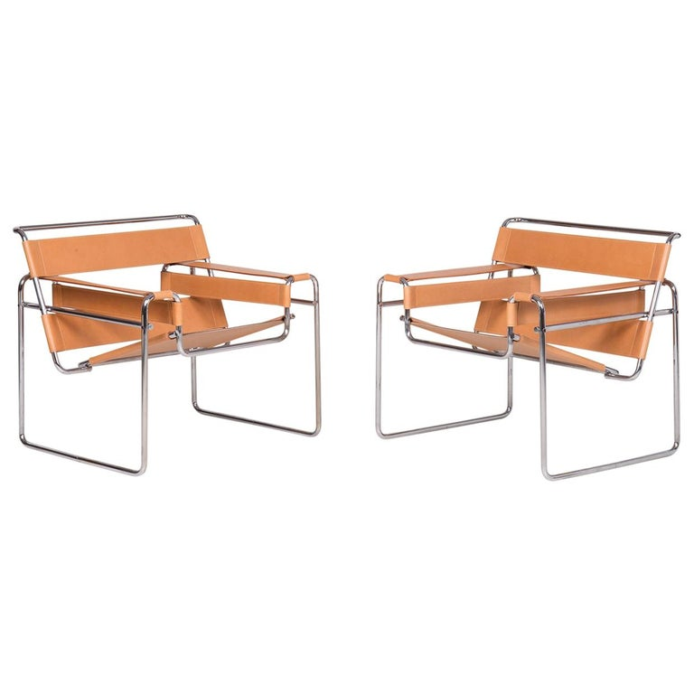Pair of Wassily Lounge Chairs by Marcel Breuer for Gavina SpA For Sale