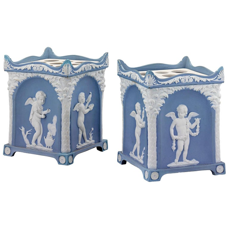 Pair of Wedgwood Blue Jasperware Square-Section Bulb Pots For Sale