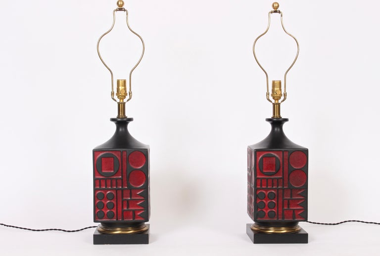 Mid-Century Modern Pair of Westwood Studios Black and Red Geometric Imprint Ceramic Lamps, 1950s For Sale