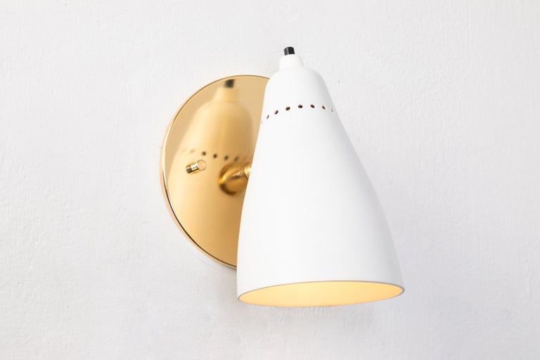 Italian Pair of White 1950s Giuseppe Ostuni Articulating Sconces for O-Luce For Sale