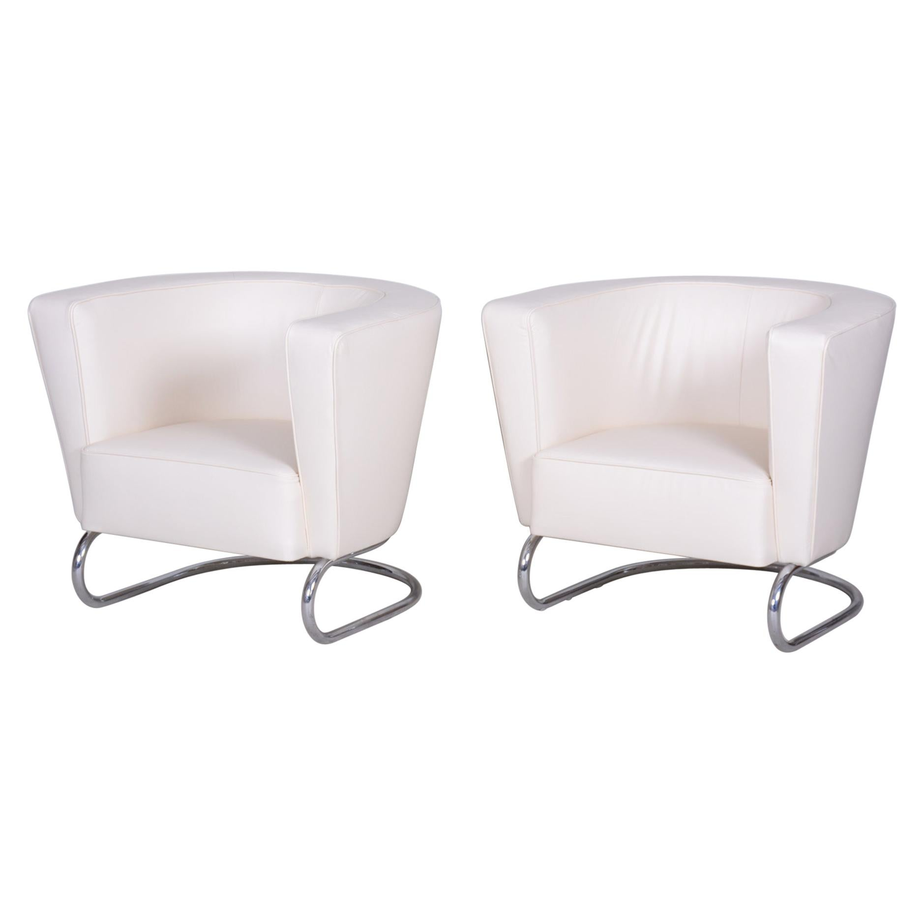 Pair of White Art Deco Armchairs from Czechoslovakia by Jindrich Halabala, 1930s