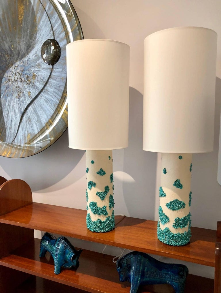 Pair of White Ceramic and Turquoise Howlite Lampes by Stdo For Sale 5