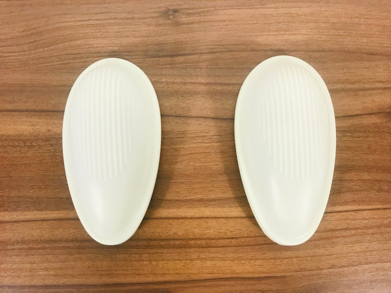 Pair of White' Drop 1' Wall Lamps by Marc Sadler for Arteluce, Italy, 1993 For Sale 3