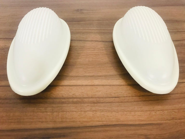 Mid-Century Modern Pair of White' Drop 1' Wall Lamps by Marc Sadler for Arteluce, Italy, 1993 For Sale