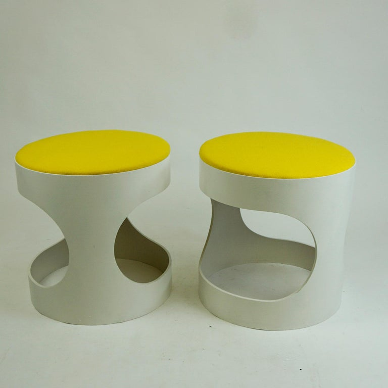 Mid-20th Century Pair of White Lacquered Plywood Stools by Opal Germany, 1960s For Sale