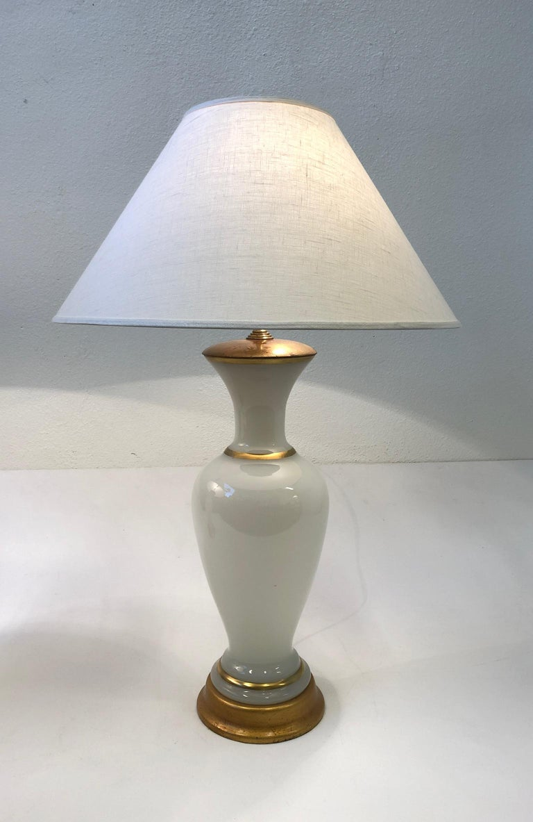 Mid-20th Century Pair of White Murano Glass and Brass Table Lamps by Marbro For Sale
