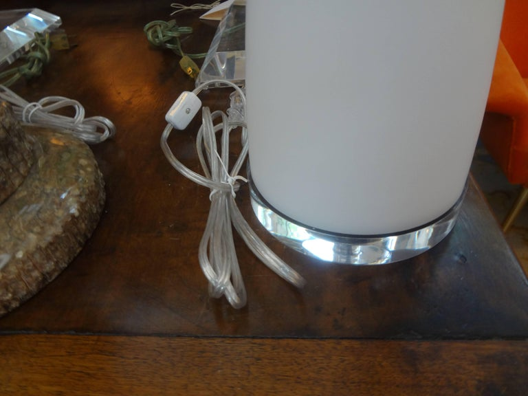 Pair of White Murano Glass Lamps Attributed to Vetri In Good Condition For Sale In Houston, TX