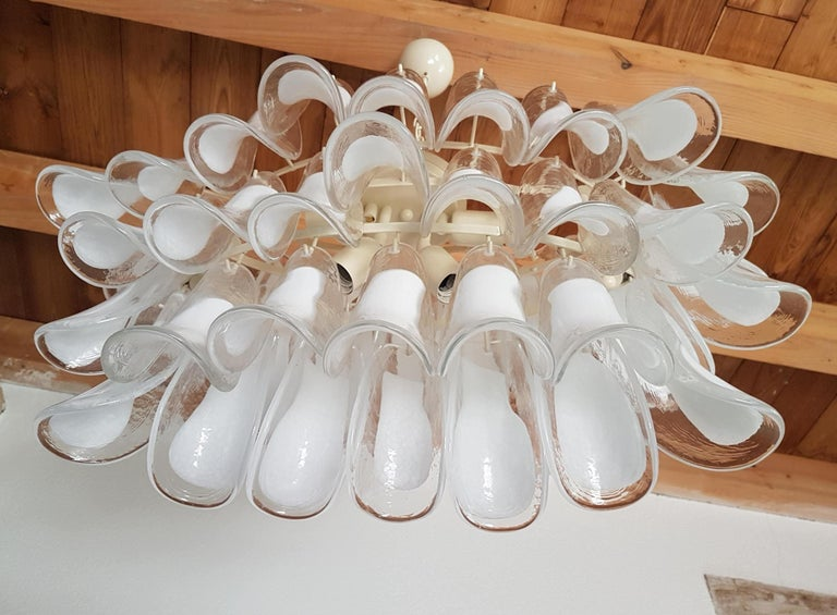 Pair of White Murano Glass Oval Mid-Century Modern Chandeliers by Mazzega In Excellent Condition For Sale In Dallas, TX